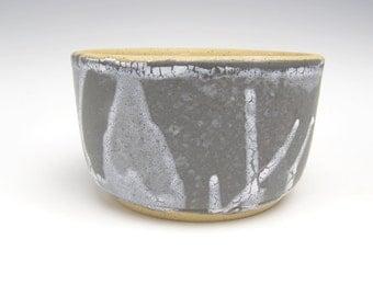 Contemporary ceramic planter Succulent planter Modern Planter stoneware planter Cactus pottery planter black  white 5 1/2  x 3 1/4 d10