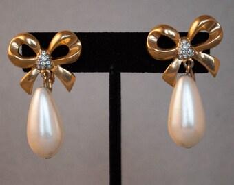 Bow & Pearl Clip On Earrings