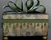 Romantic Olive Paisley Swirl Keepsake Trinket Jewelry Decorative Box
