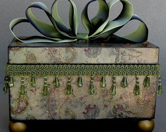Romantic Olive Paisley Swirl Keepsake Trinket Jewelry Decorative Box