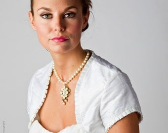 Gabrielle | Silk Dupioni wedding bolero with capped sleeve
