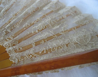 ANTIQUE French Brussels Lace Hand Fan