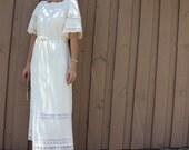 70s Butte Knit cream wedding dress, short sleeve, lace, bohemian, flower child, casual dress