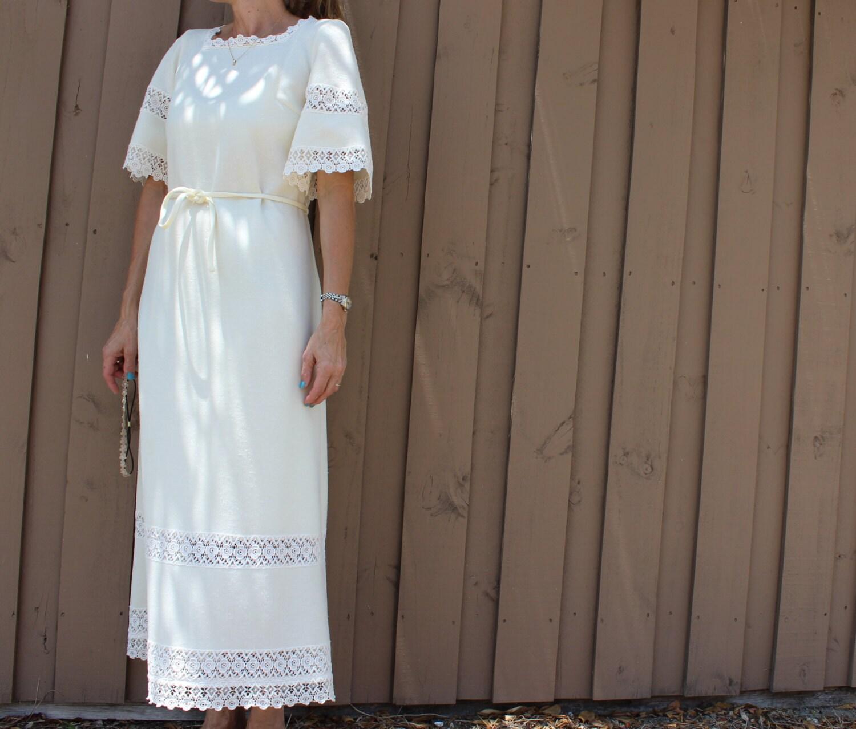 70s Butte Knit cream wedding dress short sleeve lace