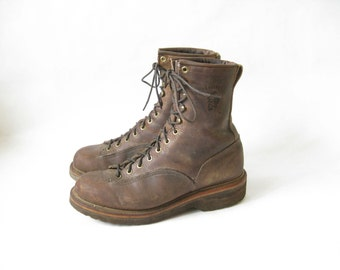 Vintage CHIPPEWA Brown Leather Grunge Roper Work Boots. Size 8 1/2 Mens