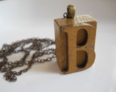 Vintage Style Letter B Press Initial Necklace Wood Block Initial B on Brass Chain Initial Letter Name Jewelry Personalized Jewelry Monogram