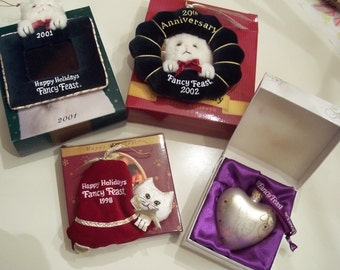 Rare Fancy Feast Kitty Cat Ornament no longer in production Lot of 4 White Persian kitty  in boxes.
