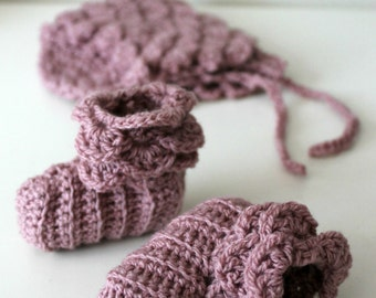 Download Now - CROCHET PATTERN Rose Petal Baby Booties - 0-3 to 12-18 mos - Pattern PDF