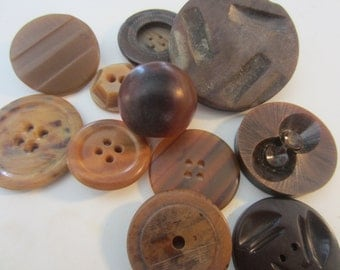 Vintage Buttons - assortment of novelty buttons in shades of brown lot of 11, Bakelite, celluloid and vegetable, old and sweet(mar 354)