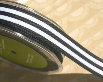 "Black Grosgrain Trim - Horizontal Stripes Ribbon - May Arts Ribbons - 7/8"" - 4 Yards"