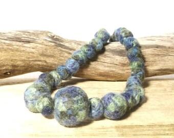 Green felt bead necklace