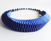 ORIBBON woven ribbon necklace BLUE with beaded magnetic closure