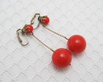 Vintage Long Earrings Red Mod Sixties Jewelry E6294