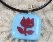 Handmade Copper Flower on Blue Fused Glass Pendant Necklace Jewelry Fashion Accessories Bling A1165B4