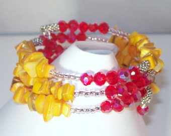 Memory Wire Bracelet - Yellow Shell and Crystal