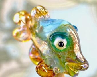 Saar Dean.......  lampwork fish bead.... sra