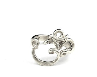 Om Ring in sterling silver, 14k gold or brass