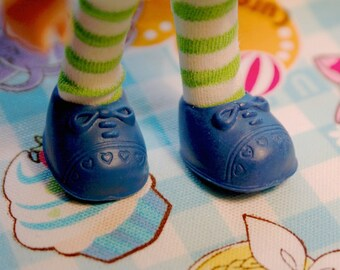 Strawberry Shortcake doll Royal Blue Bow shoes