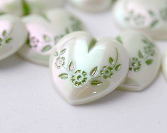 Vintage Cabochons Lucite Green White Etched German Heart Cabs AB 18mm (8)