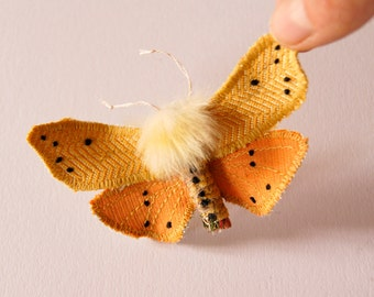 Isabella Tiger Moth Statement Fiber Brooch Furry Insect Butterfly Natural History Entomology Accessory Textile Moth Jewelry Gift for Her