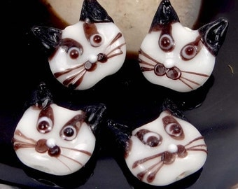 Lampwork Handmade Glass White Cat Head Beads (4) SALE! (L1167)