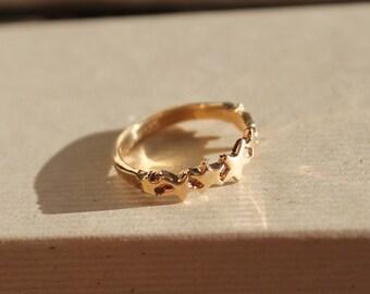 14k Solid Gold Multi Star Ring sz 7