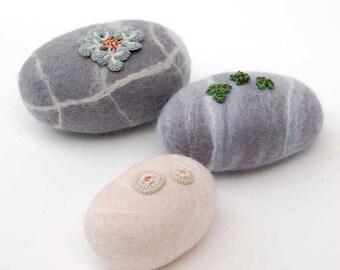 Felt stones, lichen art, felt pebbles, felted ornament, woodland decor, nature art, felt garden stones, crochet lichen, elin