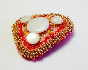 Antique Buttons Valentine Brooch