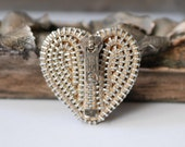 Rapid Vintage Zipper Brooch - Reuse - Repurpose - Recycle - Upcycle - Zipperedheart