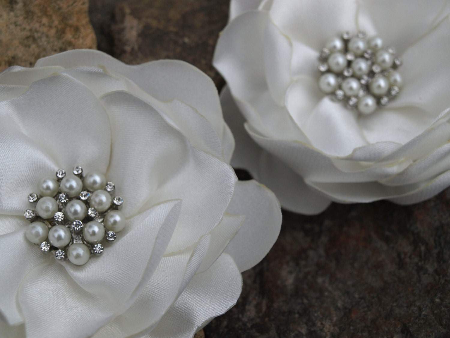 White Ivory Cream Colored Flower Hair Pins Brooches Set