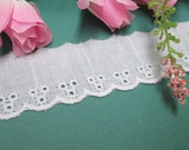 "Eyelet Lace Trim 6-12 Yd Flat Linen 1.25"" BTY White Scalloped Broderie Anglaise Lace Yardage Sewing Trims Vintage Baby Dress Edging Eyelet"