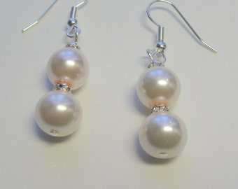 Creamy White Pearls and Crystals  E1370