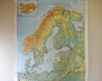 vintage wall chart, Dutch educational poster with map of Scandinavia