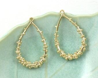 2 textured jewelry drop pendant or earrings. 33mm x 21mm (IB23)