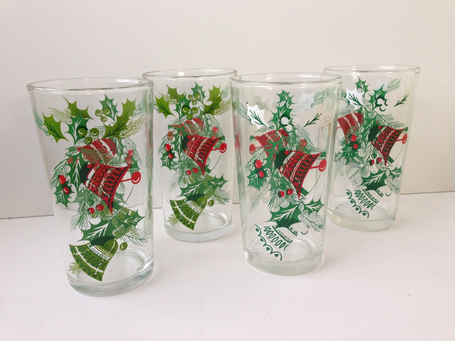 Holiday drinking glasses set of four hazelware tumblers for Holiday stemware
