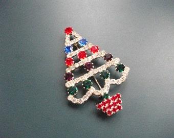 Vintage Multi Colored Glass Rhinestone Christmas Tree Brooch Pin