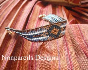 Bracelet, Old World Tapestry, Blue and Brown bead loomed bracelet