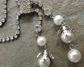 Vintage Prong Set Rhinestone and Faux Pearl Lariat Style Necklace