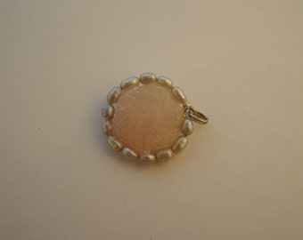 Rose quartz, gray pearls and sterling silver pendant