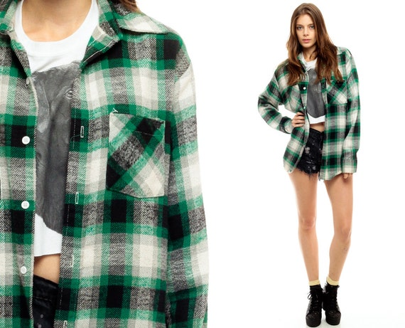 Grunge flannel shirt 90s buffalo plaid green black white for Green and black plaid flannel shirt