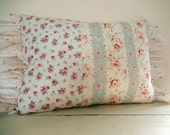 3 Shabby Chic Fabrics make Pillow 3 times more Cottage Style and Shabby Chic