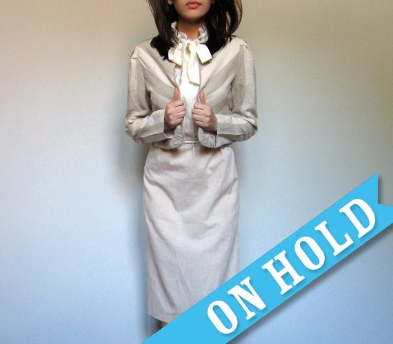 Vintage 70s Secretary Dress Beige Cream Pussy Bow Ascot Dress Office Fashion 2 Piece - Medium Large M/ L