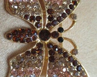 vintage costume jewelry  / closing store some  reduceding items