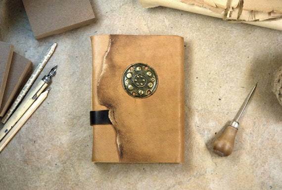 Handmade Leather Journal / Brown Notebook - Vintage Style - Atzec