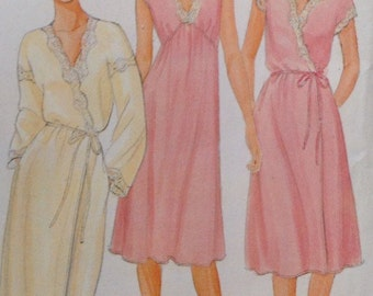 UNCUT Butterick 4096 robe and nightgown in two-lengths size Medium