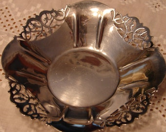 1847 Rogers Bros E.P.N.S. silver plated dish