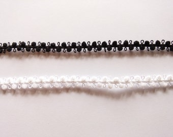6 yards Black and White Tiny Pom Pom Picot Lace Trim for blythe doll - size 8 mm