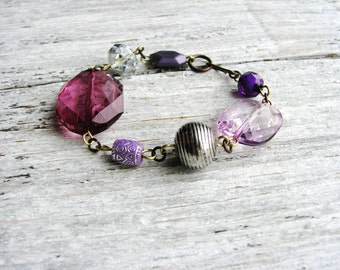 Purple Chunky Beaded Bracelet Metallic Bead Bracelet Stackable Statement Bracelet Minimalist Jewelry Beaded Bracelet Simple Fashion Bracelet
