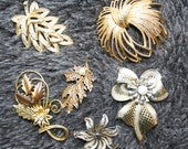 Lot of Six Vintage Goldtone brooches - only pay POSTAGE on ONE listing