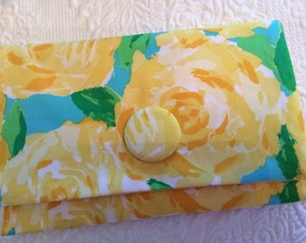 Lilly Pulitzer Fabric Sunglow Yellow First Impression Clutch Purse Handbag